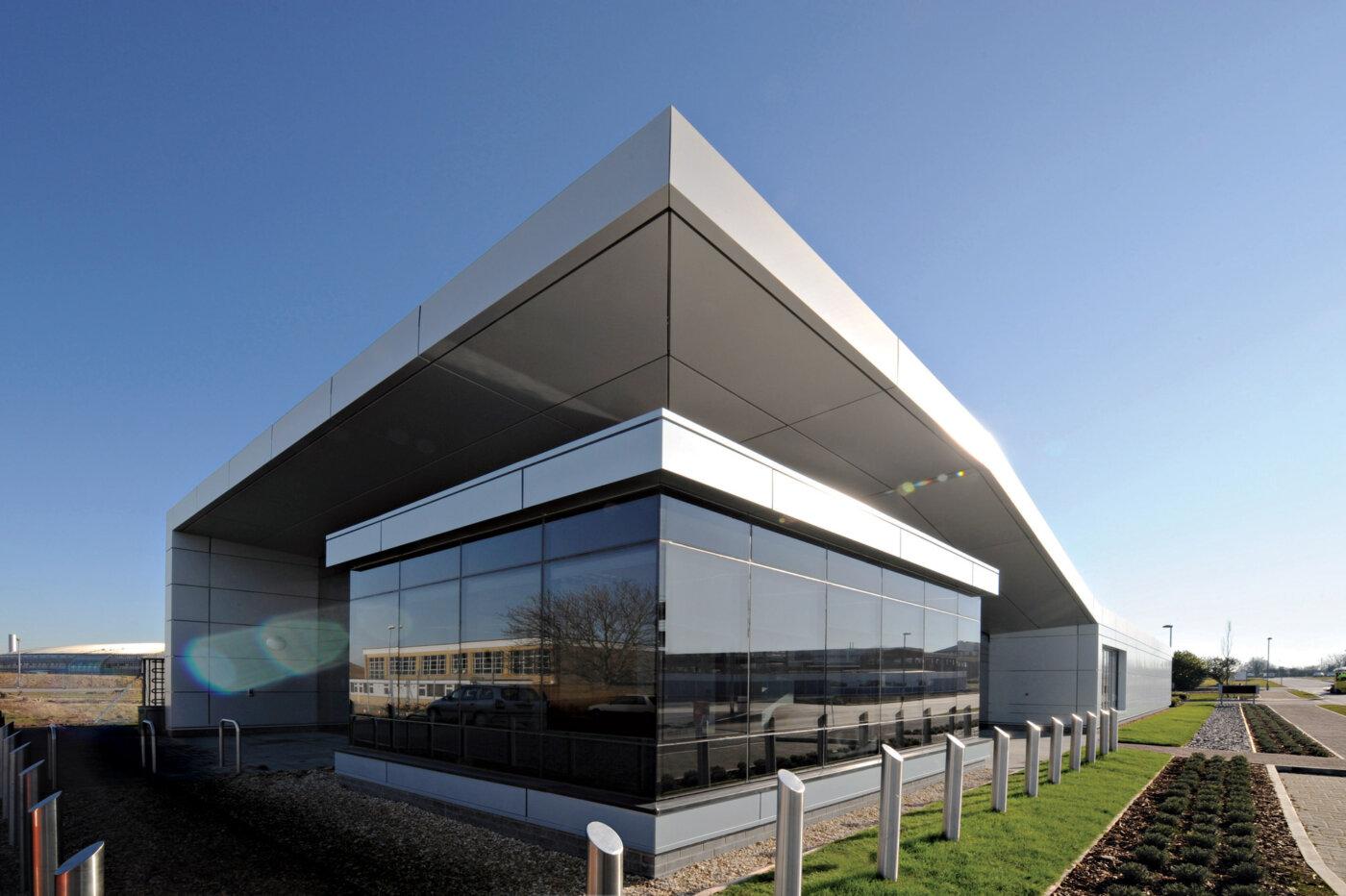 R75 Reception Building