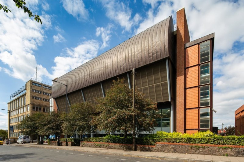 University Sports Centre Ready for New Start
